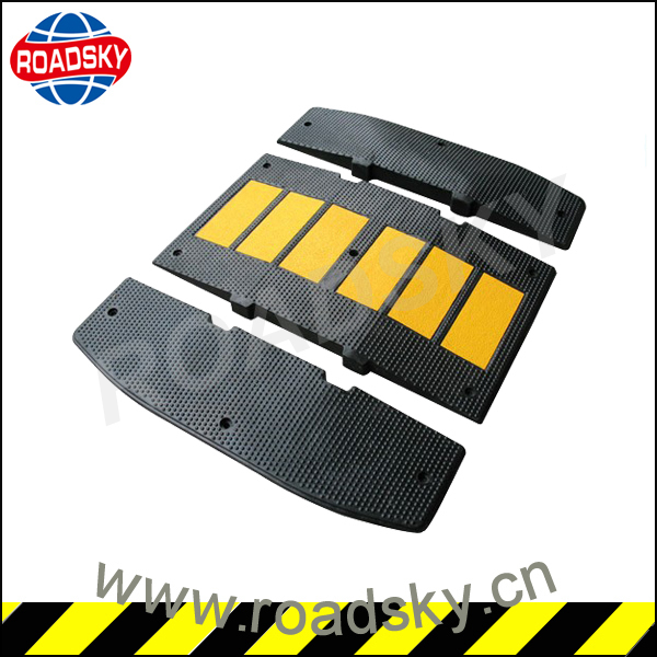 Road Safety Yellow And Black Reflective Rubber Speed Hump