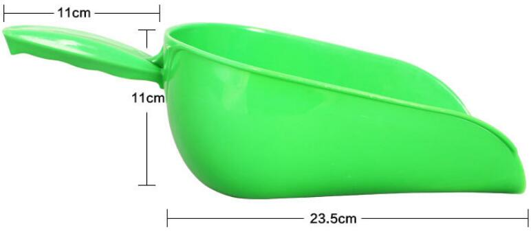 GREAT FARM plastic feed scoop food spoon shovel for animal feed