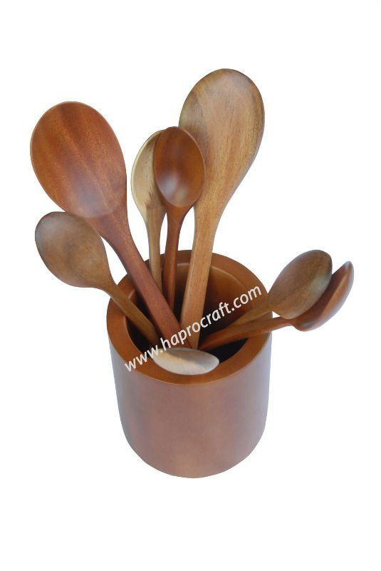 Round shaped Wooden Spoon Holder (TH 2955)