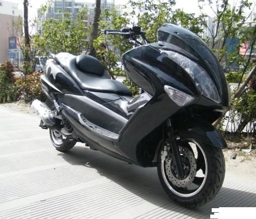nouveau puissant 150cc gaz scooter gs 012 dans scooters essence de sports entertainment. Black Bedroom Furniture Sets. Home Design Ideas