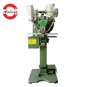 Automatic Feeding Metal Snap Button Fixing Machine