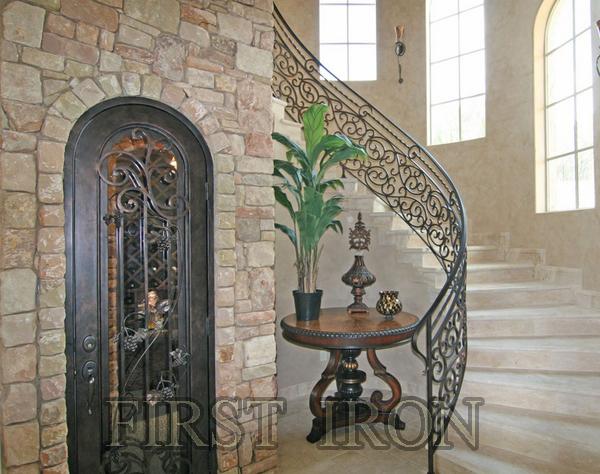 Merveilleux Ornamental Interior Wrought Iron Wine Cellar Door For Villa   Buy Arched  Top Interior Doors,Iron Single Door Design,Lowes Wrought Iron Front Doors  Product ...