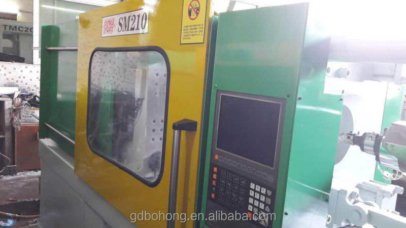 220V/60Hz automatic injection molding machine with high precision
