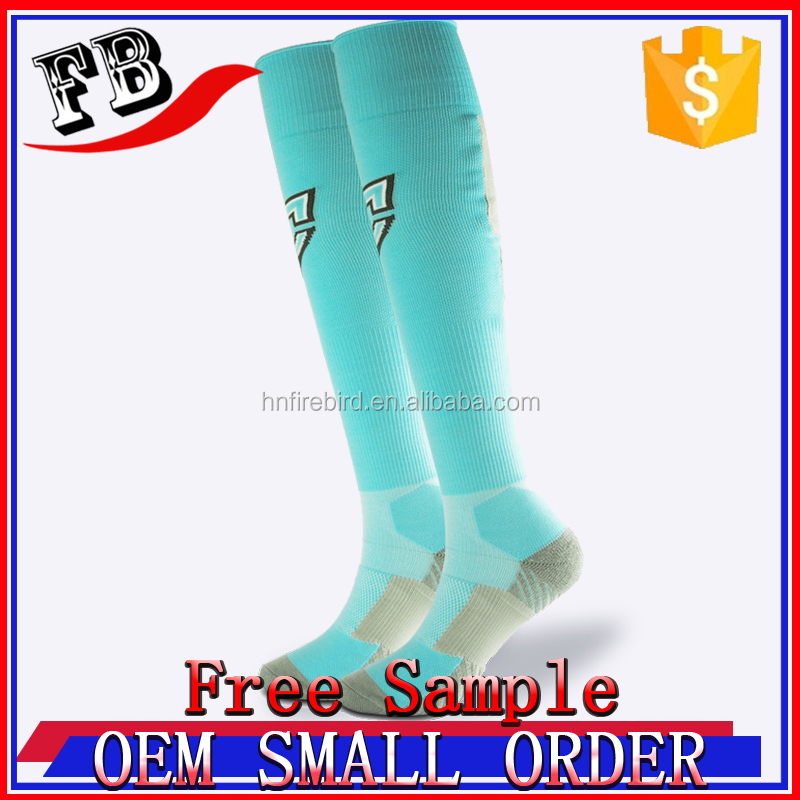 Custom fashion general knee high stripe performance graduated running compression training recovery socks sports 20-25