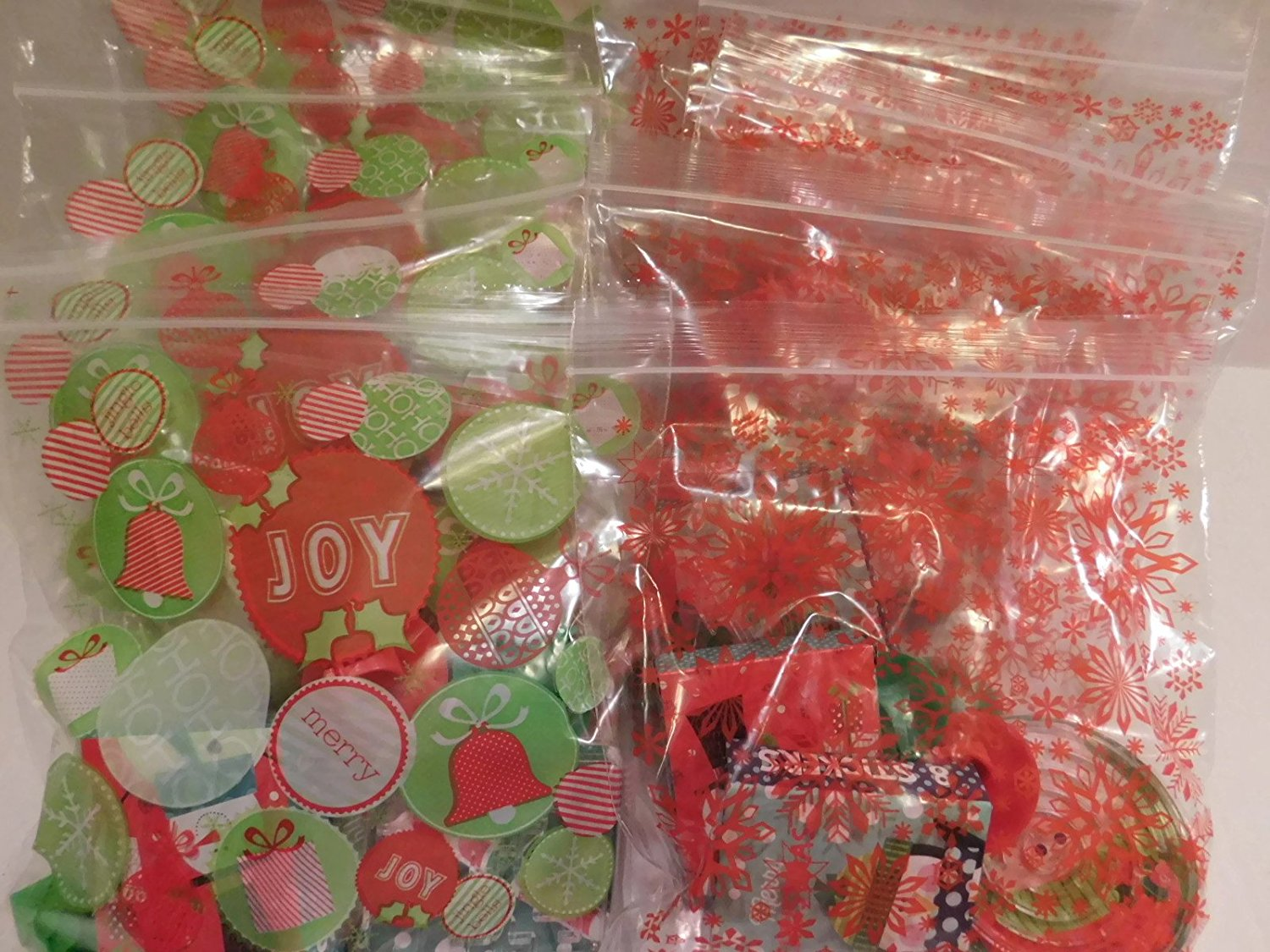 Happy Holidays Pre-Filled Favor Bags! Perfect For Classroom Gift Exchange, Christmas Party Favors Goodies! Bundle of 30 Non-food