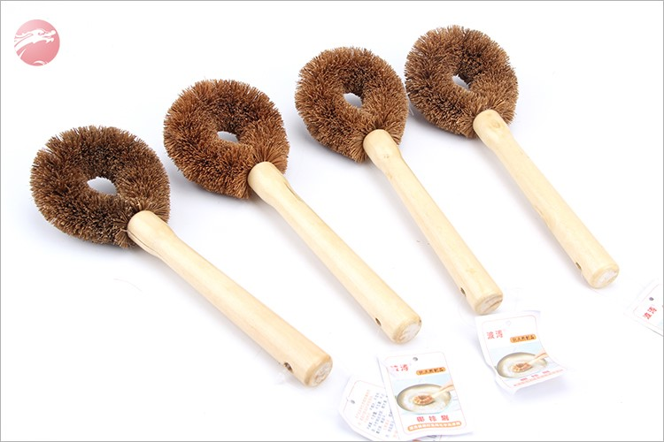 Factory direct sale  coconut pot brush with long handle durable coconut brush