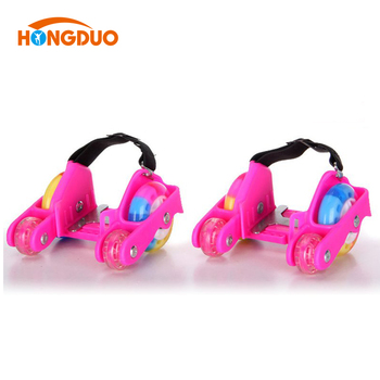 Customize 4 wheel roller skate charms shoes for kids with wheels