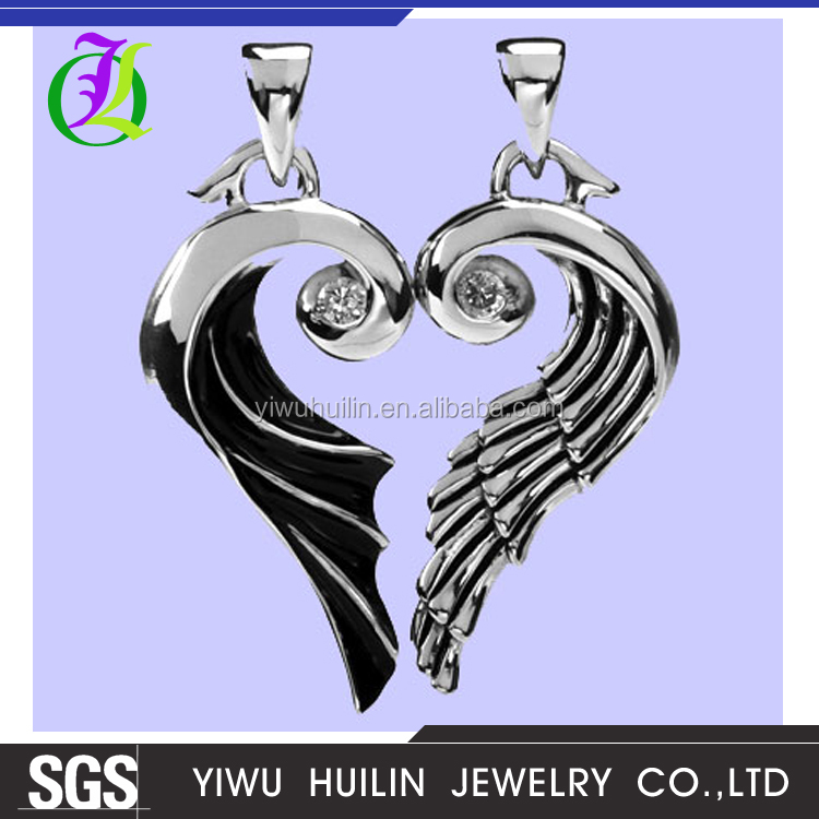 A100054 Yiwu Huilin jewelry Vintage Style crystal Angel Wings Spiritual Religious silver plated Pendant for Necklace