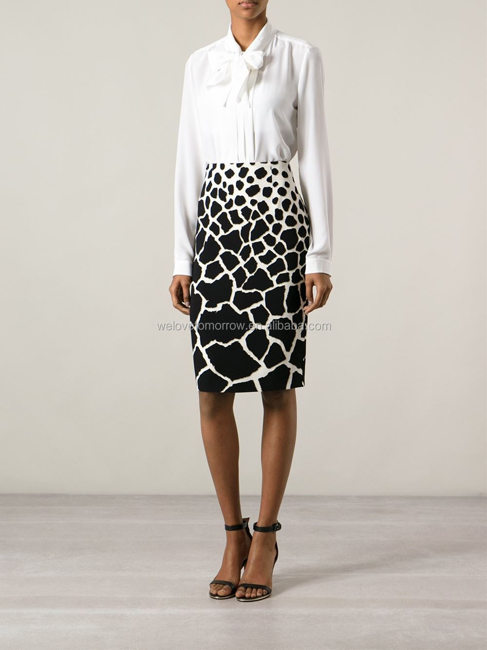 Black and white print pencil leopard skirt,models straight skirt, sample office uniform designs (TW0074K)