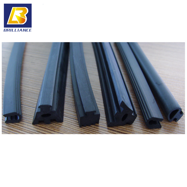 shenzhen brilliance rubber Manufacture Molded Round Gaskets strip,plastic molding strip high temperature rubber seal