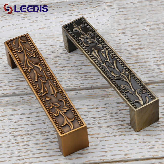 LEEDIS Fancy classical decorative antique metal zinc alloy Furniture cabinet handle hardware accessory wholesaler 2055