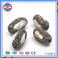 Factory unique design peanut shape charm pendant with rounding diamond