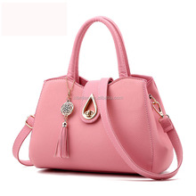 Stocked New Wave Of Female Fashion Women's Bolsa Messenger Shoulder Bag Cute Luxury Handbag Jelly Designer Evening Clutch Bag