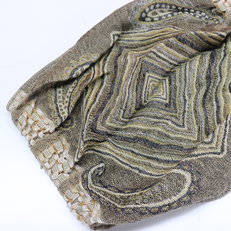 Spring and Autumn fashion stock 100% acrylic woven tassel scarf