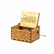 Personalizado <span class=keywords><strong>de</strong></span> <span class=keywords><strong>madeira</strong></span> <span class=keywords><strong>Mini</strong></span> Manivela Music Box Game of Thrones Harry Potter <span class=keywords><strong>Caixa</strong></span> <span class=keywords><strong>de</strong></span> <span class=keywords><strong>Música</strong></span>