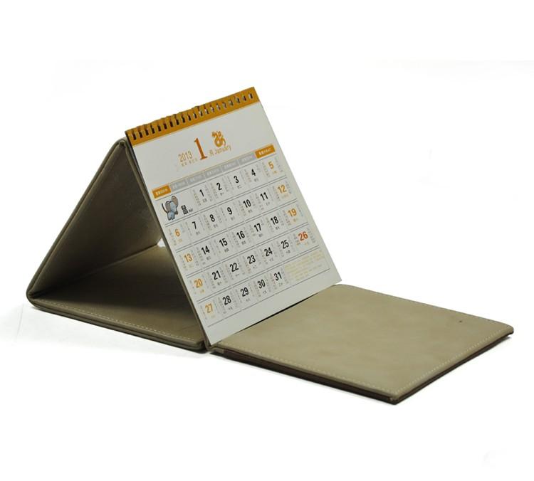 Kalender stand driehoek bureau kalender printable papier for Bureau kalender