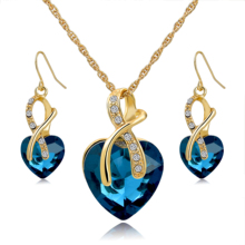 New design women fashion necklace crystal <span class=keywords><strong>두바이</strong></span> 금 plated bridal jewelry necklace set