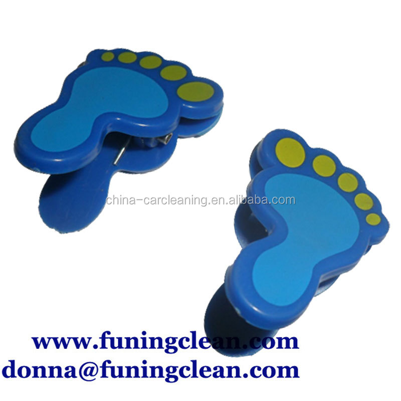 cheap Plastic paper clip,promotional clip ,foot shape magnet clip