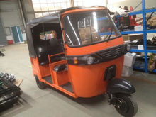 Popular High Quality Rear Engine 2-Row Tuk Tuk Bajaj Tricycle