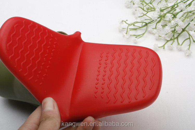 Pick Up Tool Durable Non Slip Heat Resistant Silicone Pot Handle Holder For Kitchen Cooking
