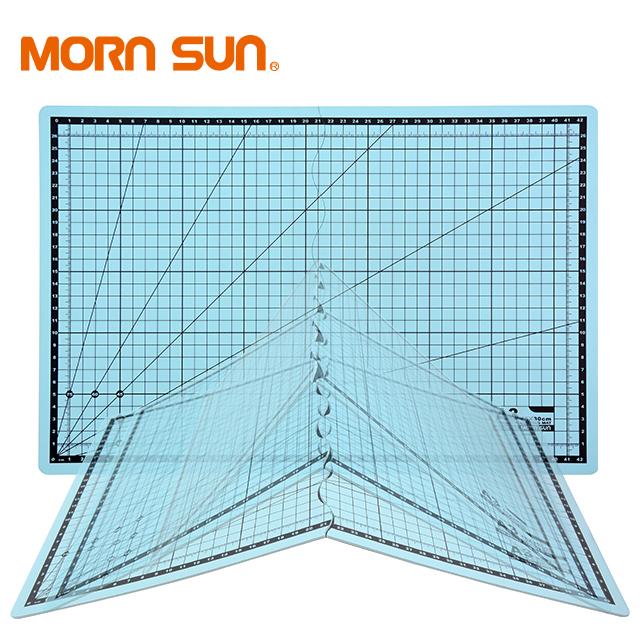 A0-B5 ความหนา 1.6 มิลลิเมตร 3 ชั้นสองด้าน Self Healing ยืดหยุ่นพลาสติก clear Metric Imperial ตัดสำหรับจักรเย็บผ้า