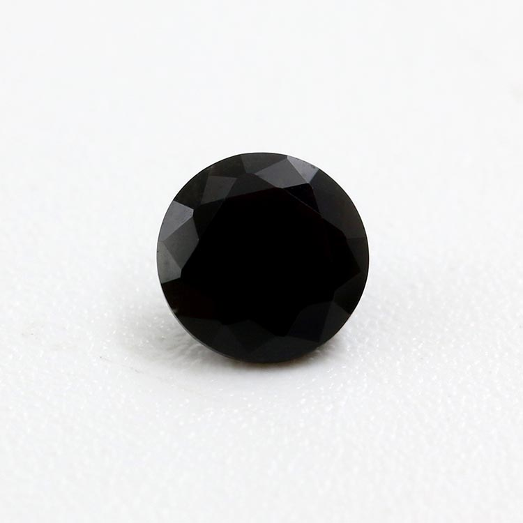 черная шпинель фото