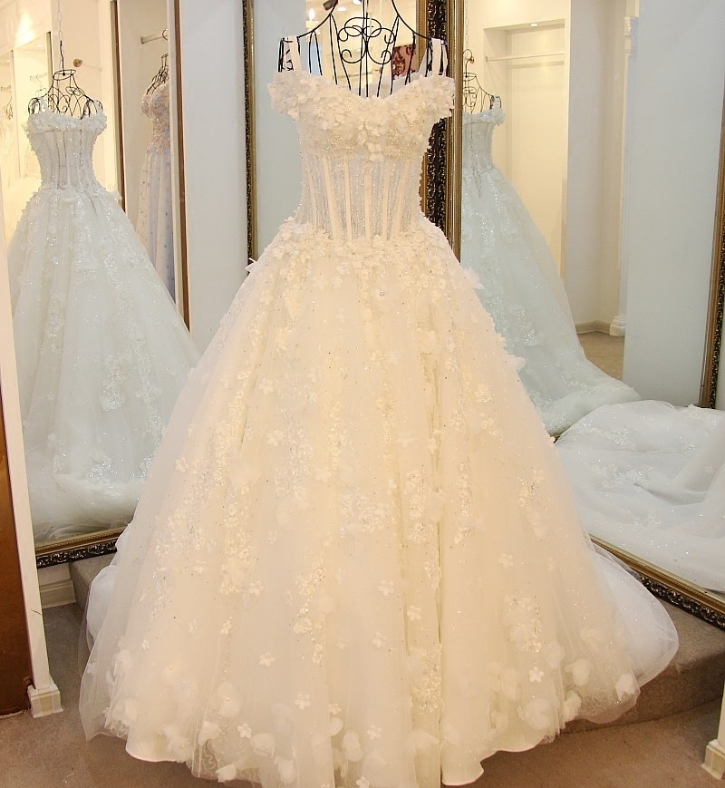 Ls16026 Ganze Handmade Hochzeit Kleid Designer Blumen Korsett Top ...