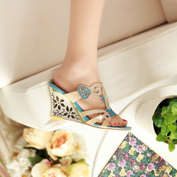 cc4451a8fde8 New Summer Women s High Heeled Wedges Slippers Jeweled Rhinestone ...