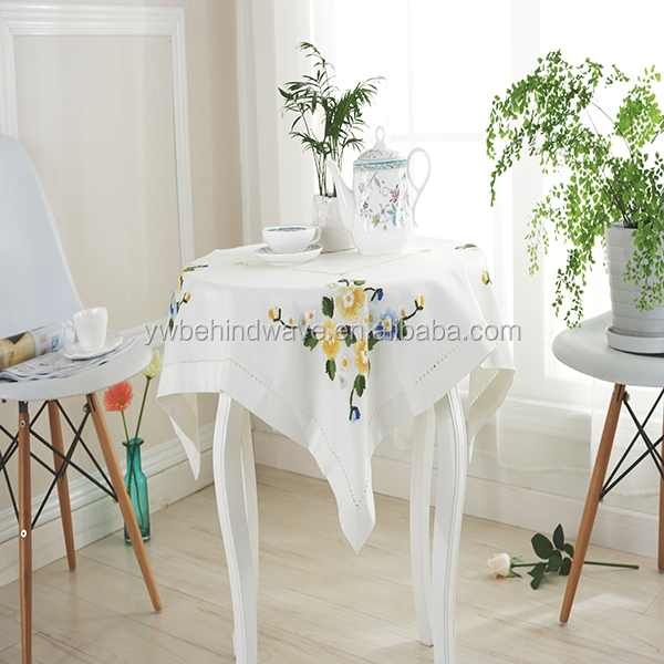 Best quality comparative price hand embroidered linen tablecloths