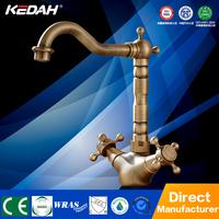 Top-grade brass bathroom taps for bathroom sink deck mounted antique brass bathroom faucet
