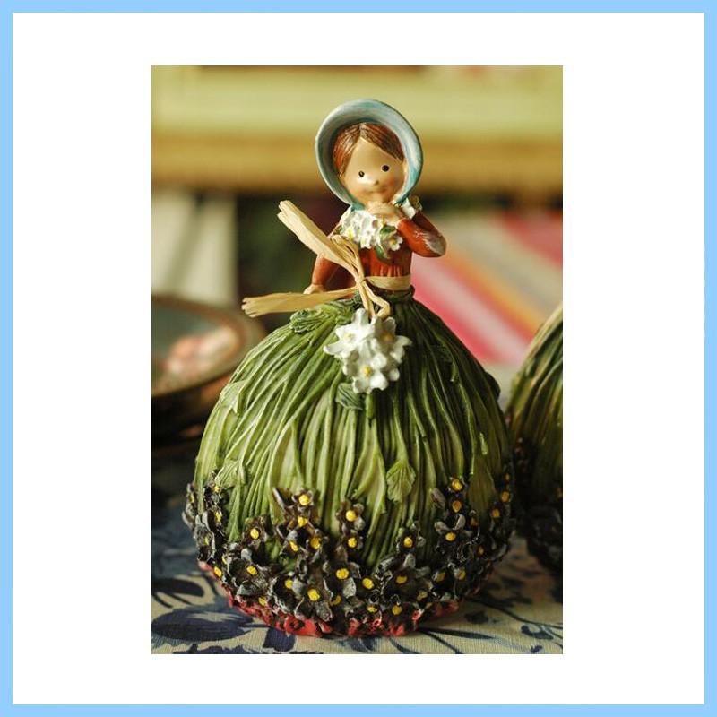 Home Ornaments Vivid Resin Beautiful Little Girl Figure