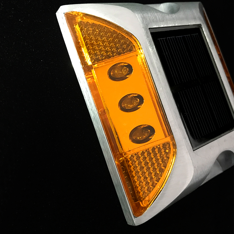 Solar <strong>sources</strong> industrial led warning light solar cat eyes reflective led road stud
