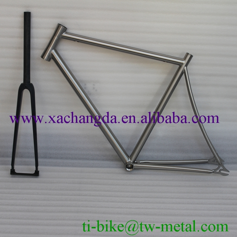 Custom Titnaium track bicycle frame with carbon fiber fork XACD Titanium bike frame factory Titanium Single speed frame