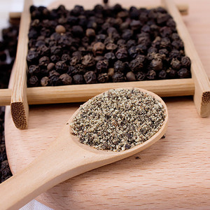 Natural organic food spices 100% pure Black pepper ground for sale