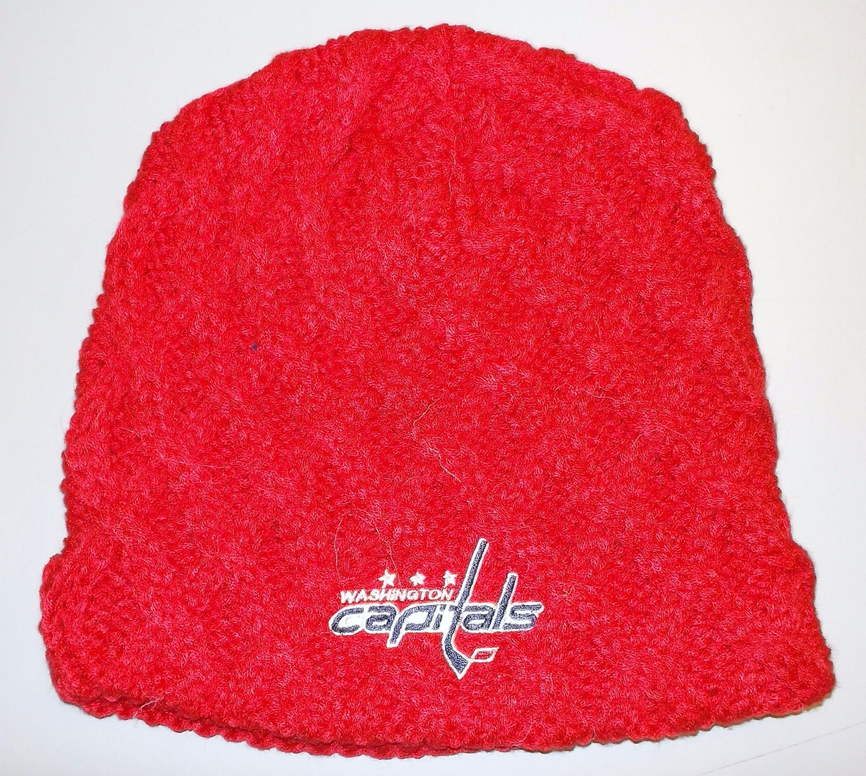 0af4b598a44 Get Quotations · Washington Capitals Team Classics Cuffless CCM NHL Knit Hat  - Women Osfa - KWG69