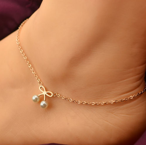 Metal Alloy Gold Plated White Freshwater Pearl Anklets