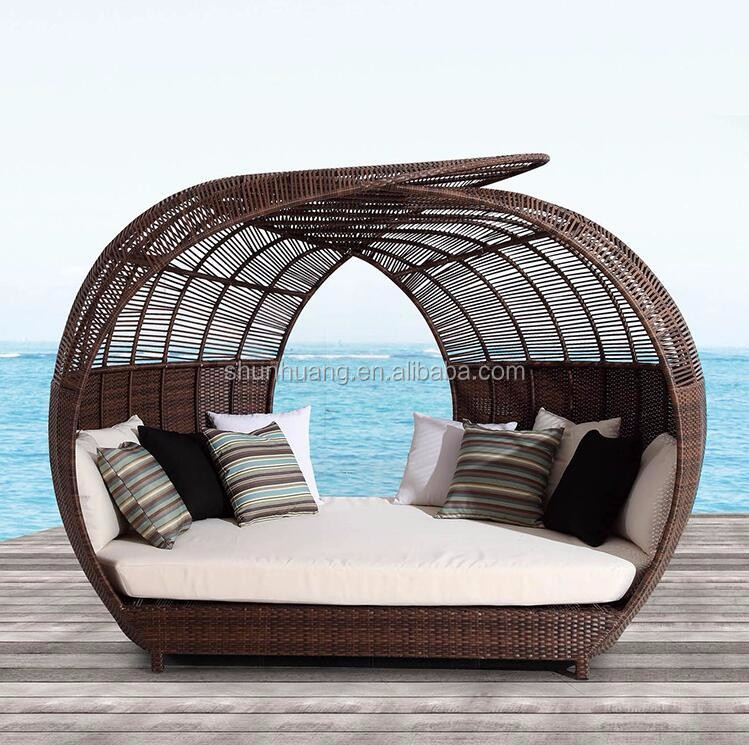 Outdoor wicker rattan beach day bed with canopy double