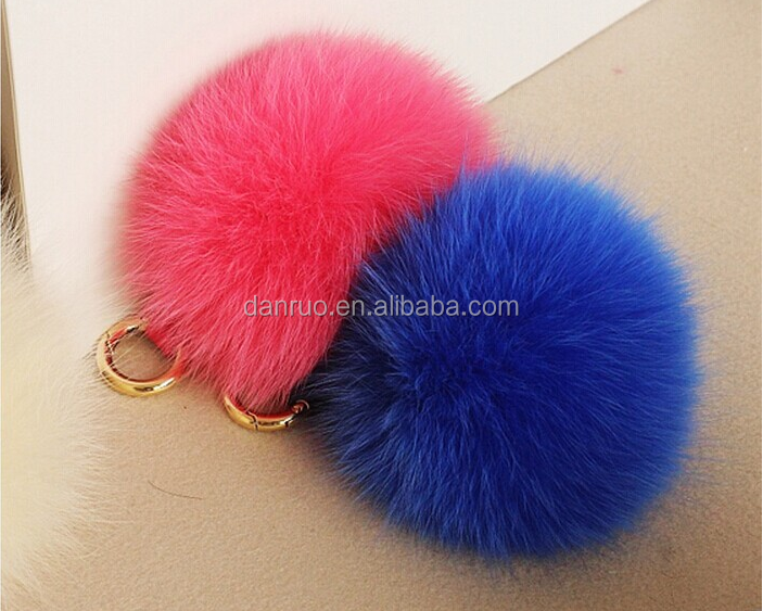 20 Color Gold Plated Keychain Cute Genuine Rabbit Fur Ball Pom Pom Keychain for Car Key Ring Handbag Tote
