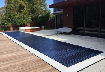 12V Motor Electric Retractable Pool Covers With Polycarbonate Slats