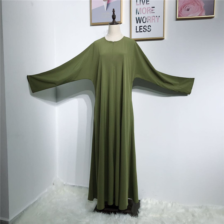 Simple design soft crepe breastfeeding abaya with zip