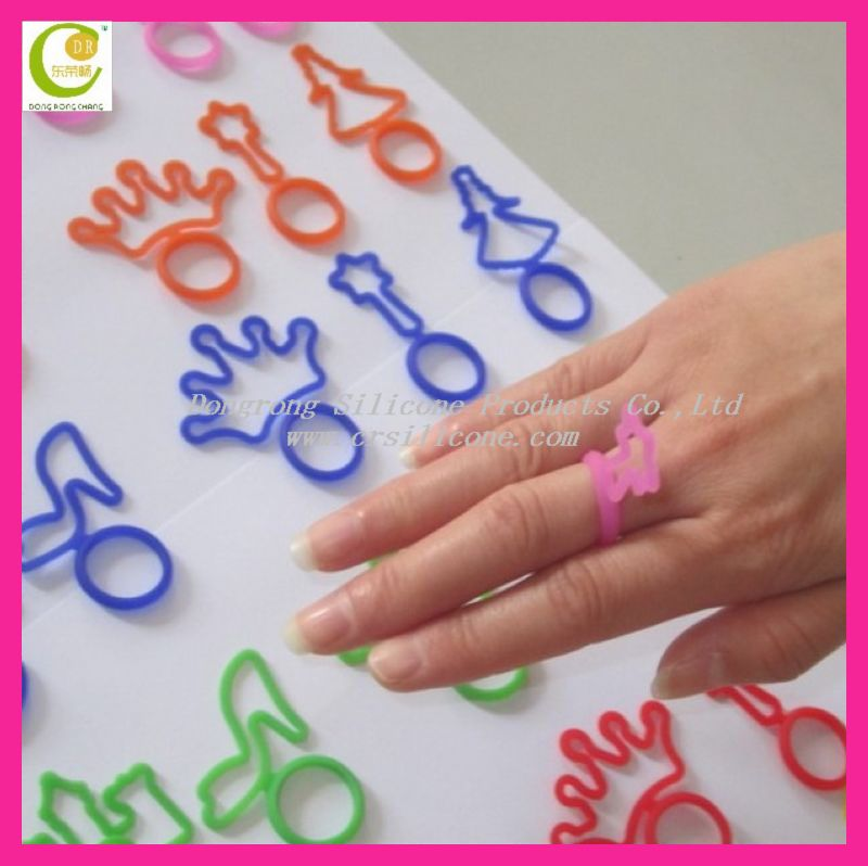 Uniquely China Dongguan fmanufacturer directly selling customized non-toxic free silicone fashion male finger rings