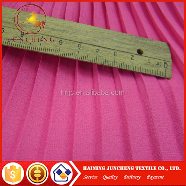 Pink light weight pleated chiffon pleated crinkle fabric for Decorative skirts