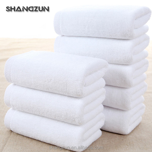 Medium size egyptian 100% cotton white bath towels made