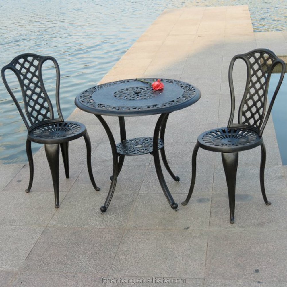 Round Wood Burning Garden Cast Aluminum Wrought Iron Furniture Outdoor Korean Bbq Grill Table And Chair