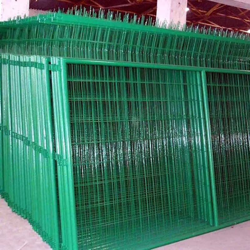 Different Types Chain Link Wire Mesh / Iron Wire Mesh Fence - Buy ...