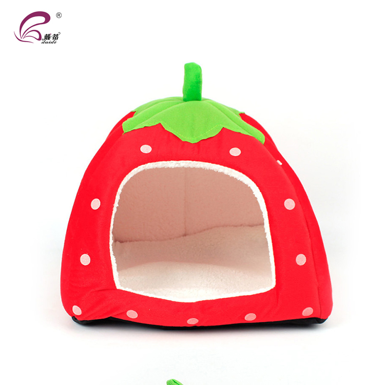 New Arrival Lovely Soft Strawberry Pet Dog House