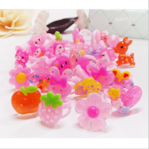 Cartoon plastic children factory wholesale ring for promotion