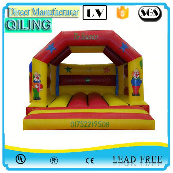 QL Cheerful cold weather game ben 10 bouncer house for backyard