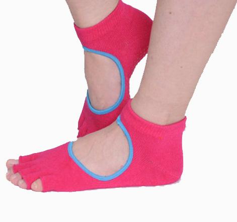 27fe146b0c2 Get Quotations · 2015 Hot Sale Fashion Women Sport Socks Five Fingers Cotton  Yoga Socks Backless Open Toe Non