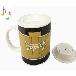 Chinese wholesale fashional small gift items wooden beer mug warmer with music or sound